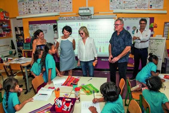 Sonia Lagarde rend visite aux écoliers de Courtot et de Gervolino
