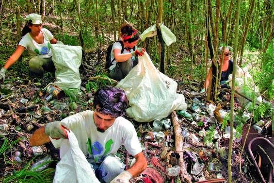 30 tonnes de déchets  collectées à Sakamoto