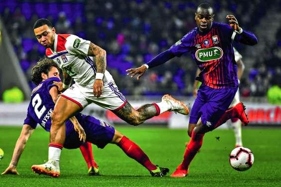Lyon et Rennes rejoignent le PSG