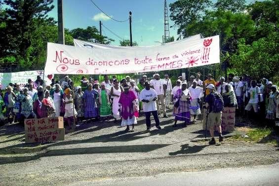 Houaïlou rend hommage à « Momo » et crie sa colère