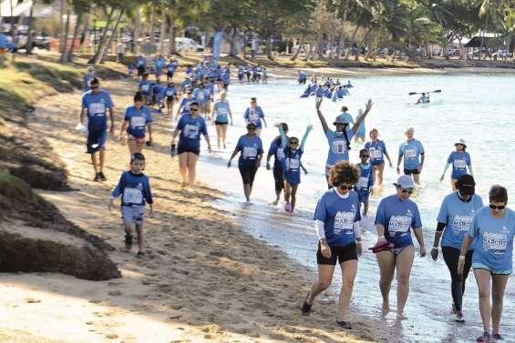 Marcher ou courir les pieds dans l'eau
