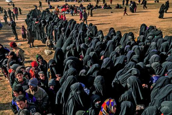 Le « califat » de l'EI se vide de ses derniers survivants