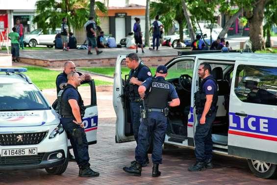 Bagarres place des Cocotiers : un « spectacle » qui dérange