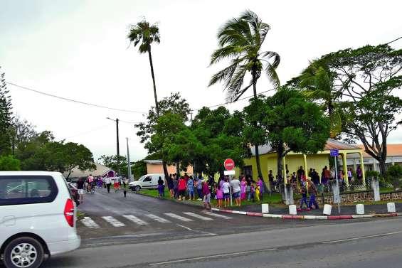 Respectez la signalisation à l'école Léonie-Avril !