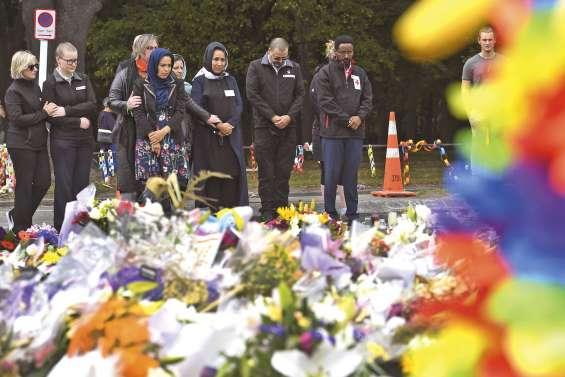 Des larmes, de la compassion et l'interdiction des armes