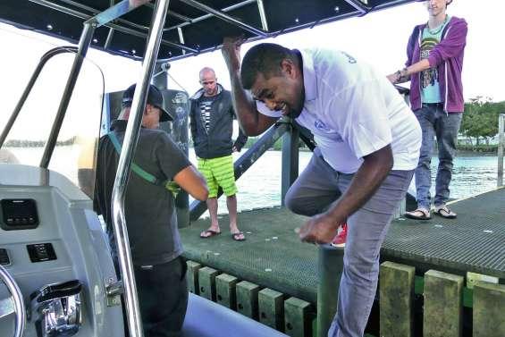 Les navettes maritimes lancent un débat à Mouirange