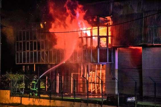 Incendie de Cellocal : cinq ans requis contre le suspect