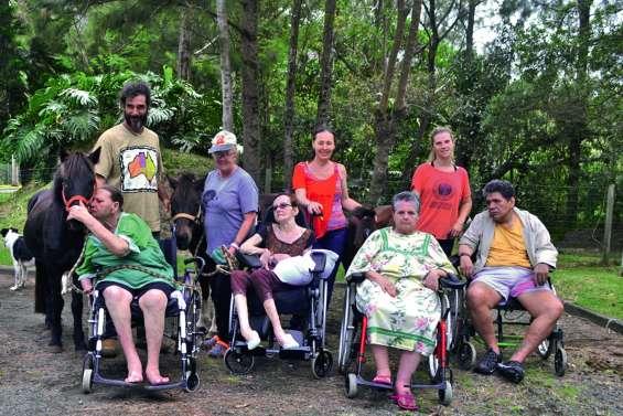 Des séances d'équithérapie à la résidence Gaëtan-Brini