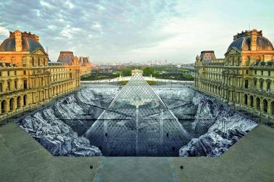 Au Louvre, l'œuvre très éphémère de JR