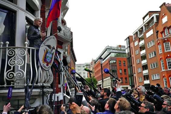 Julian Assange, de héraut de la transparence à fugitif controversé