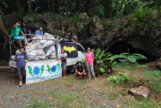 Une grotte nettoyée pour étudier les chauves-souris