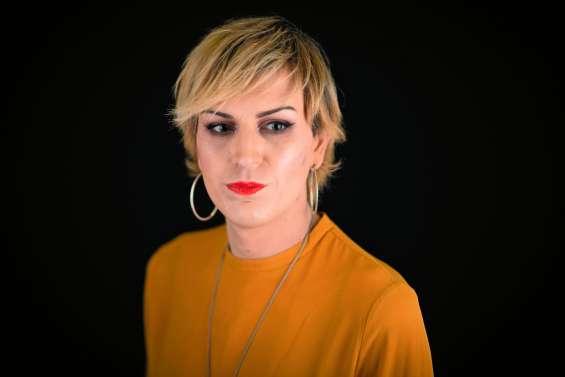 Julia, agressée à Paris, révèle la transphobie