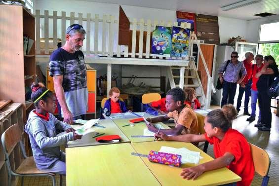 Les enseignants de l'île Ouen expriment leur ras-le-bol après de nombreux vols