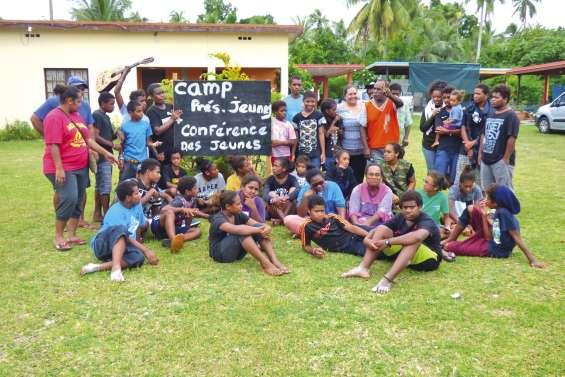 Une semaine de stage religieux à la tribu de Luengoni