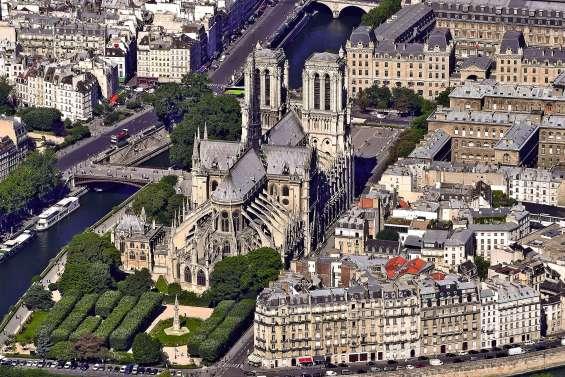« Plus qu'une cathédrale, c'est l'âme du pays qui est touchée »