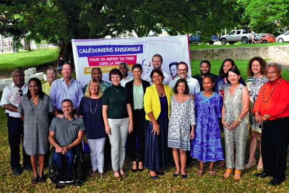 Les sortants et les nouveaux candidats dans le Sud à Calédonie ensemble
