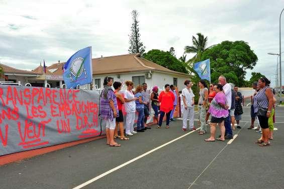 Débrayage du personnel à l'hôpital Paula-Thavoavianon