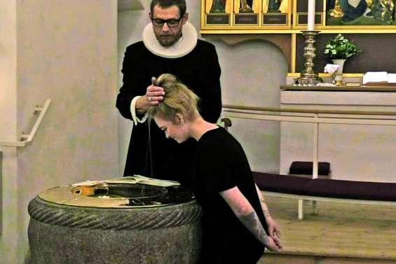 Baptême en libre-service au Danemark