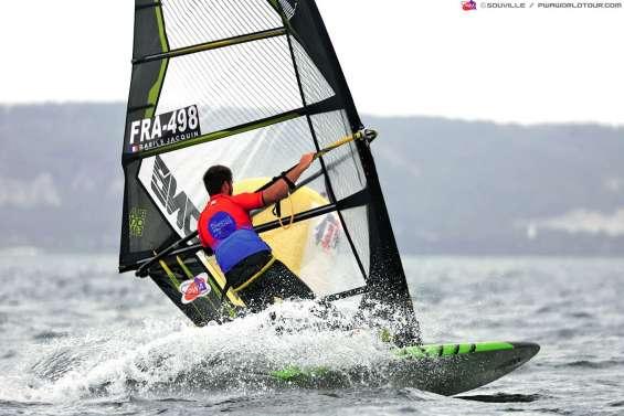 Six Calédoniens en manque de vent à Marignane