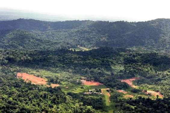 Macron va-t-il enterrer le projet minier Montagne d'or, en Guyane ?