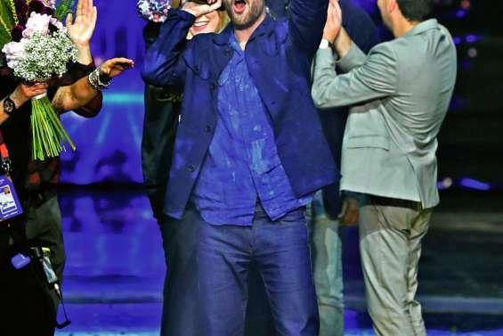 Le candidat des Pays-Bas remporte l'Eurovision