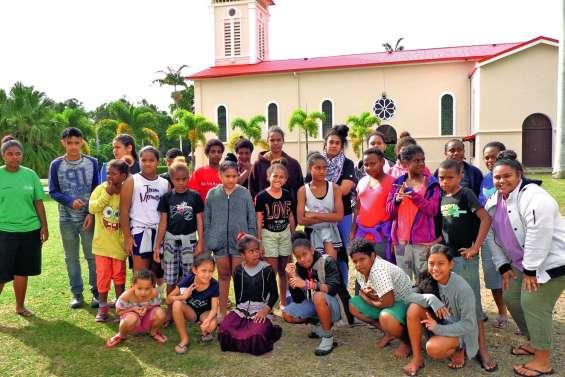 De jeunes paroissiens se sont regroupés durant le pont de l'Ascension