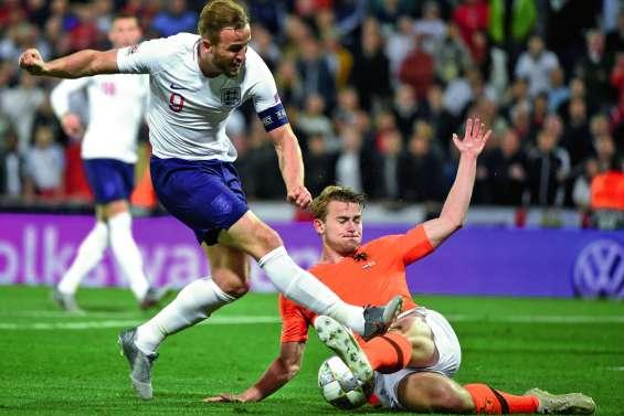 Les Pays-Bas se qualifie  pour la finale au forceps