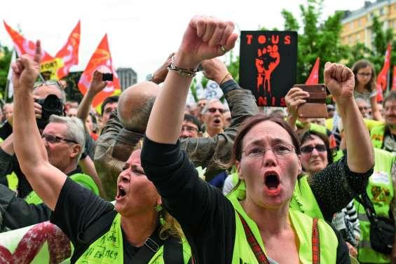 De Marseille à Saint-Malo, léger regain de mobilisation des « gilets jaunes »