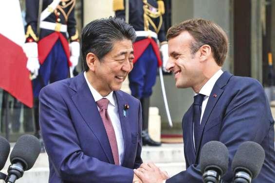 Première visite au Japon pour Macron