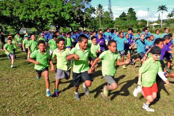 Collégiens et écoliers ont couru ensemble