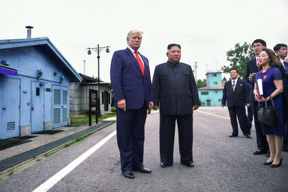 Donald Trump dit bonjour à Kim Jong-un