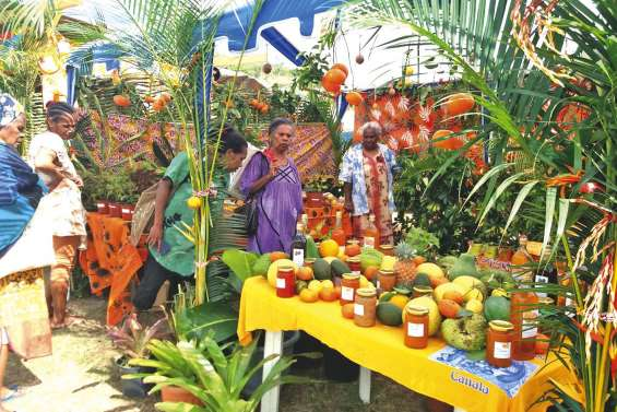Un grand repas lance la Fête de la mandarine