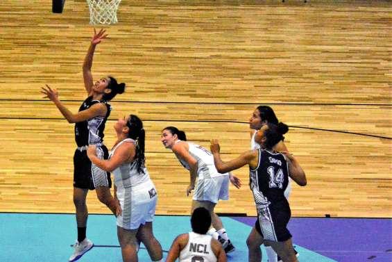 Les basketteuses surclassées par Fidji