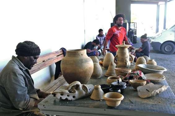 La poterie traditionnelle retrouve des couleurs au centre culturel