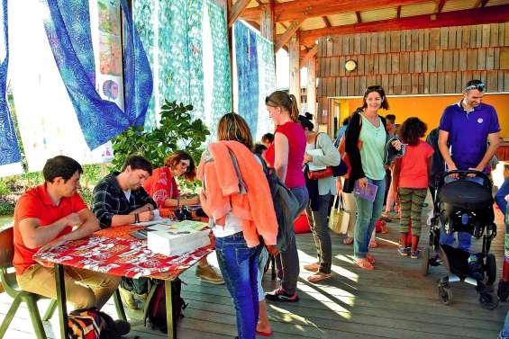 La créativité a été au cœur du festival L'île Ô Livres au centre culturel de Voh