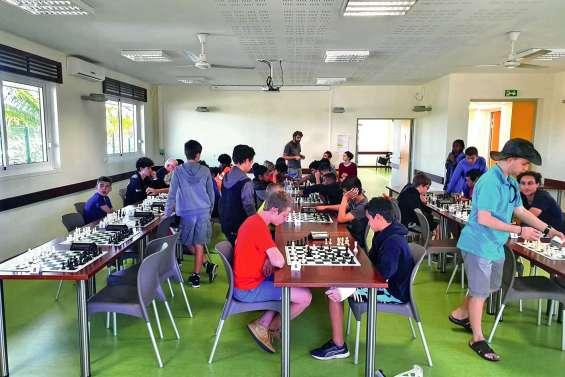 Un grand maître au Trophée d'échecs du Nord