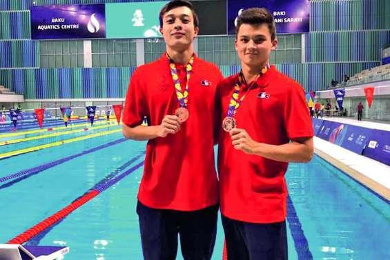 Hudan et Peley en bronze