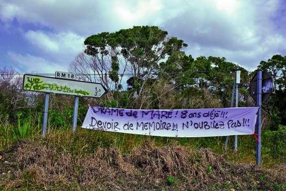 Une marche en mémoire des morts d'août 2011