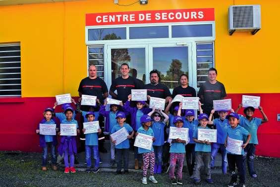 Les enfants de l'école Odile-Forest ont découvert l'univers des pompiers