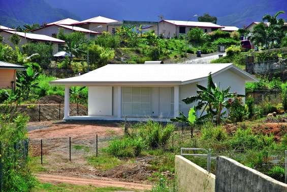 Huit pavillons tropicaux en accession à la propriété