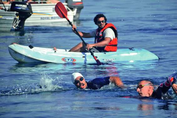 L'athlète handisport Paul Obry-Paillandi a réussi sa traversée depuis l'îlot Tibarama