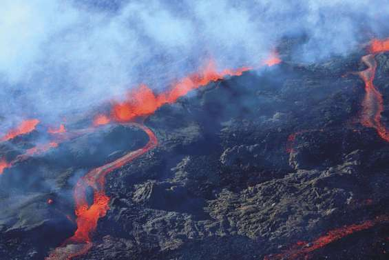 Quatrième éruption de l'année du Piton de la Fournaise