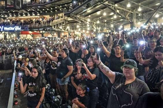Des milliers de personnes à une veillée pour les victimes d'El Paso