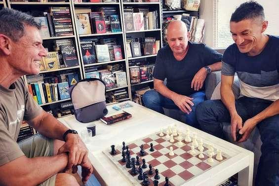 S'initier aux échecs à La Bouquinerie du liseron