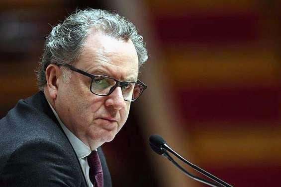 Violences contre les élus : Ferrand appelle à « un ressaisissement collectif »