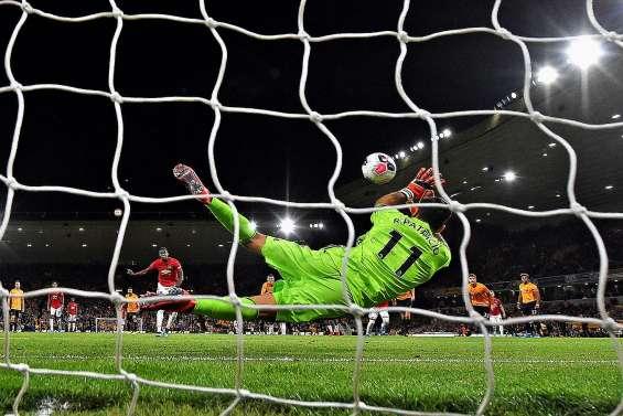 Manchester United rentre dans le rang face aux Wolves