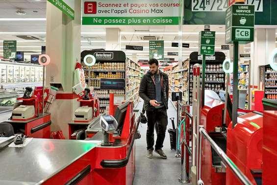Hypermarché sans caissier le dimanche : les syndicats grognent