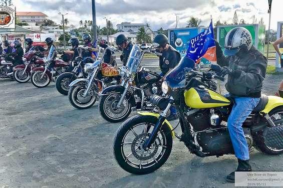 Les motards prêts à parader pour les 50 ans d'Easy rider