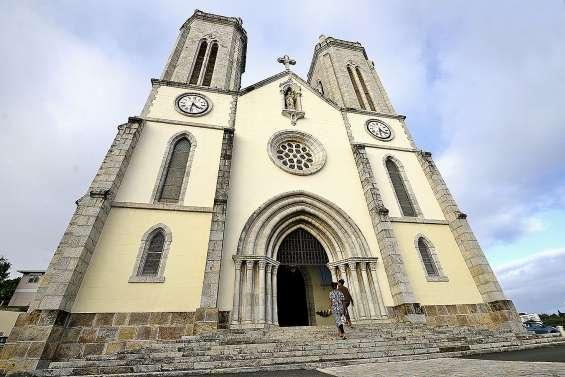 La cathédrale Saint-Joseph raconte ses premières fois