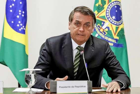 Feux en Amazonie : Bolsonaro accepte finalement une aide de l'étranger